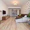 Apartament 3 Camere mobilat 80mp etajul 2